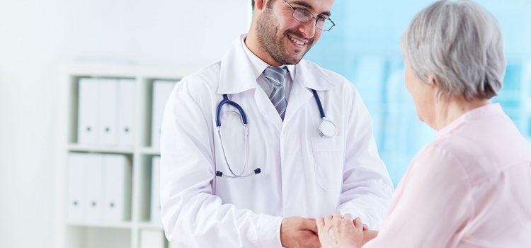 está relacionada con problemas sistémicos: cardiovasculares, diabetes, alzheimer, partos prematuros o incluso disfunción eréctil.